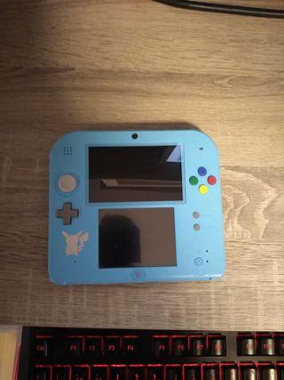 Nintendo 2DS + Pokémon Sol