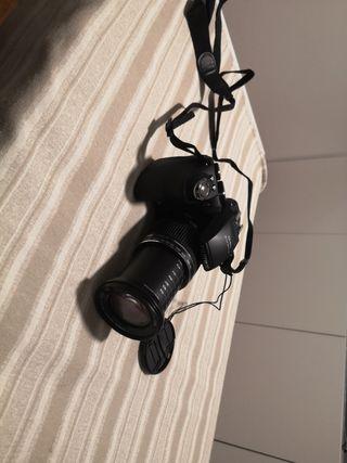 Cámara reflex Fujifilm Finepix HS10