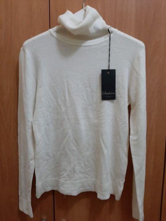 jersey cuello alto blanco