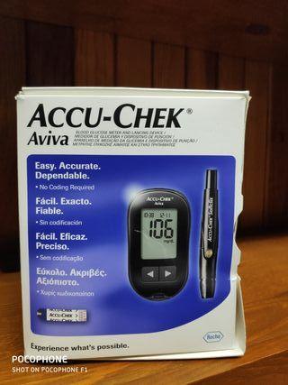 brazo de máquina de diabetes accu chek