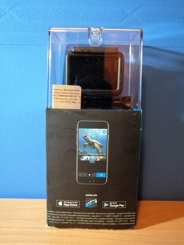 GoPro HERO7 Black + GoPro 3-WAY + MicroSDXC 128GB