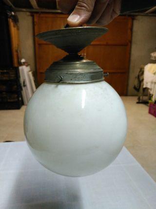 Lámpara antigua para techo