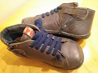 Zapatos Camper niño de segunda mano en Barcelona en WALLAPOP