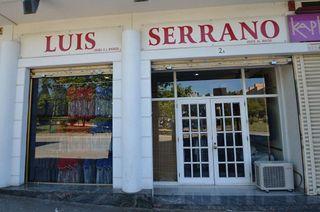 Local comercial en venta en Montigalà -Sant Crist en Badalona