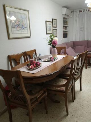 Conjunto mesa comedor y seis sillas