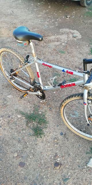 bicicleta de montaña decahtlon