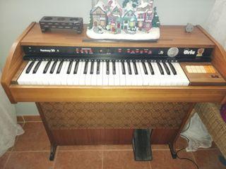 piano /órgano orla antiguo