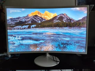 Samsung Curved Monitor 32""