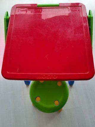 Mesa y silla bebé