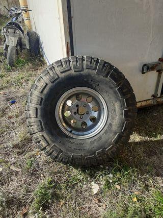 jeep. nissan. toyota 4x4