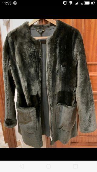 Massimo Dutti Nuevo abrigo pelo mouton verde S