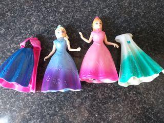 Frozen y princesas Disney con 16 vestidos