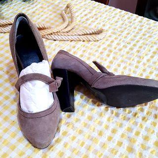 zapatos de corte de salón, de piel
