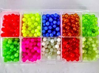 30 bolitas cuentas colores plastico pesca pulsera