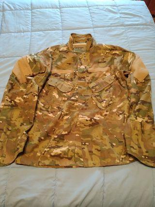 uniforme multicam