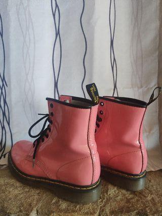 Botas Dr. Martens rosa claro