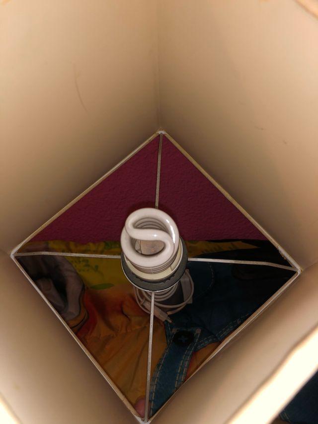 Lámpara de dormitorio como nueva !!