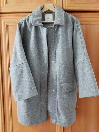 Abrigo oversize gris MANGO