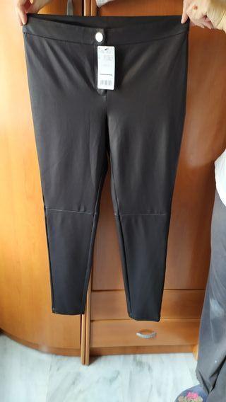 pantalón de piel de mango