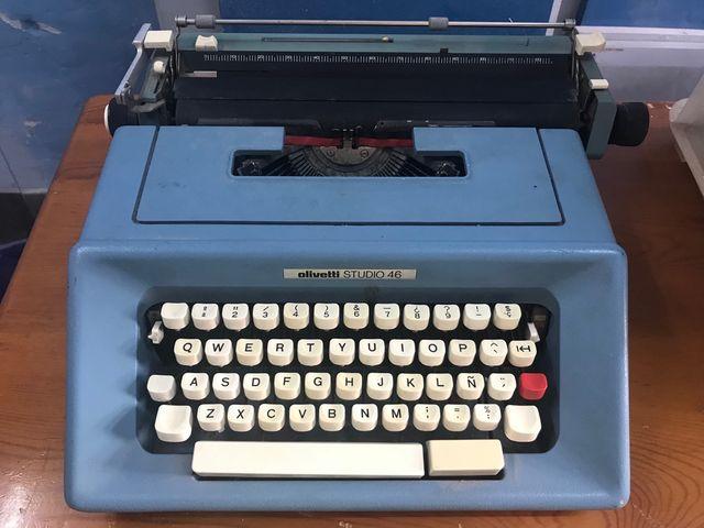 Màquina escribir Oliveti
