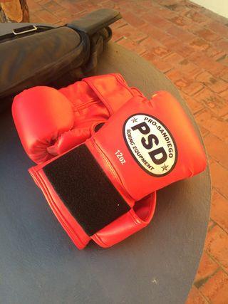 Guantes boxeo y protecciones kick boxing