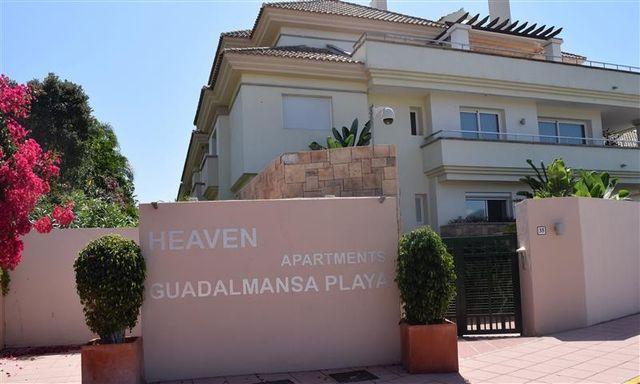 Apartamento de lujo en Guadalmansa, Estepona (Resinera Voladilla, Málaga)