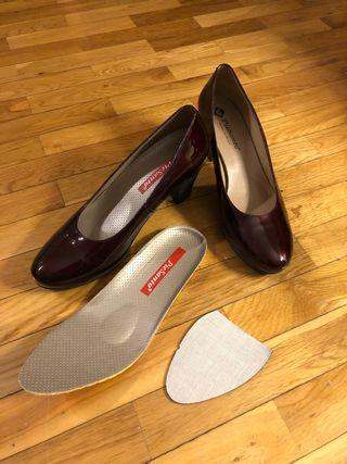 Zapatos a estrenar Pie Santo descanso