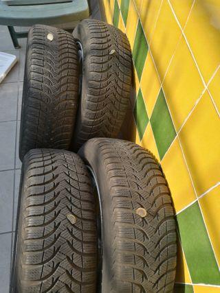 Llantas y neumáticos M + S