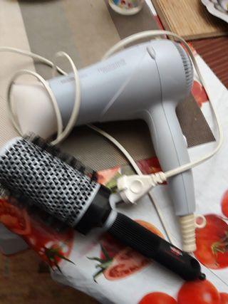 secador y cepillo pelo