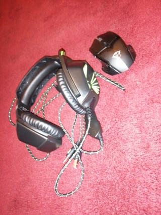 bundle pack Headphones and mouse