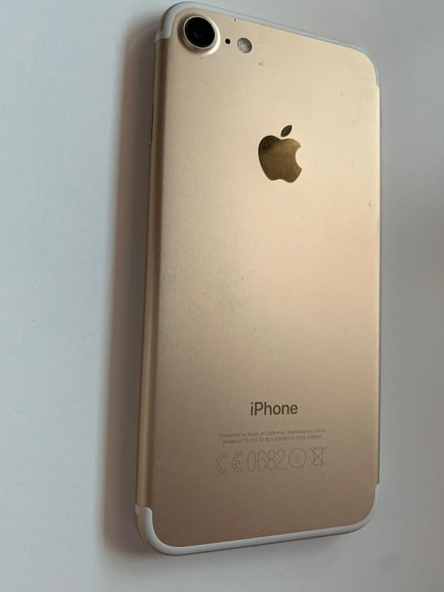 IPHONE 7-128GB