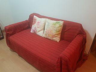 Precioso sofá de dos plazas