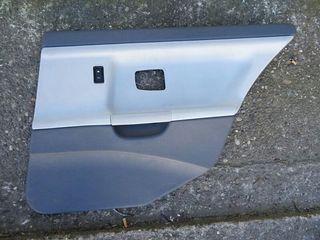 Paneles de cuero gris para berlina