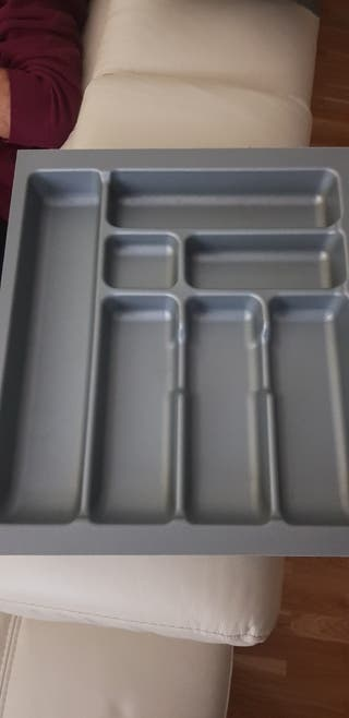 Cubertero PVC de 40x5,3x47