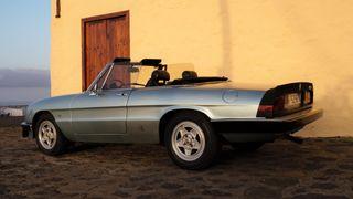 Alfa Romeo Spider 2.0 del año 83