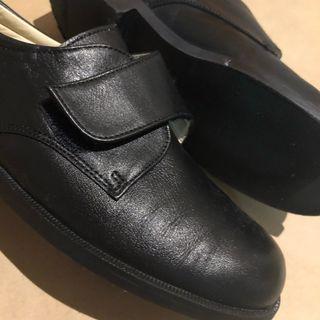 Zapatos colegio / comunión/ vestir