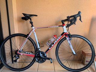 Bicicleta carretera CUBE LITENING SCR 60