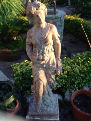 Preciosas figuras, esculturas de jardín