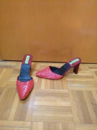 Zapatos de fiesta rojos de cuentas de cristal 39