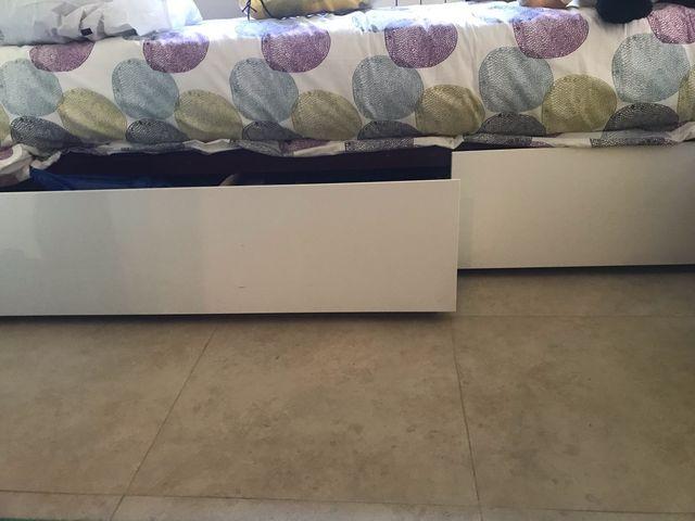 TODO :Somier, Cabezal y dos cajones bajo cama