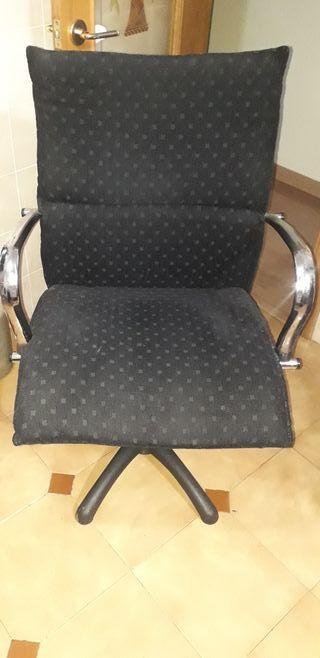 2 sillones de oficina giratorios