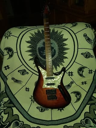 Guitarra eléctrica SUNER impoluta