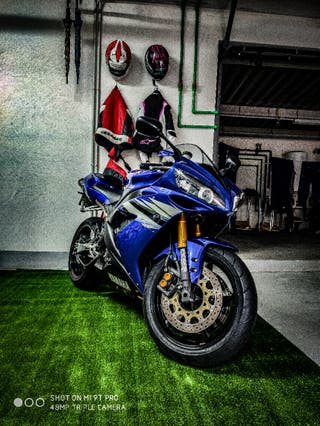 Yamaha r1 1000