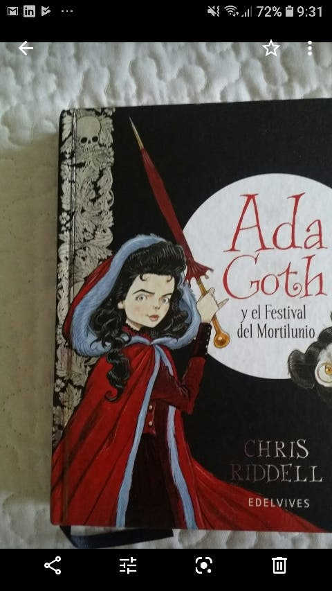 libro juvenil ADA GOTH