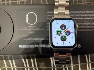 Apple Watch Series 4 44mm Nike Edition Silver