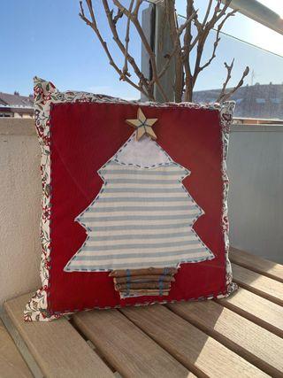 Pequeño almohadón navideño