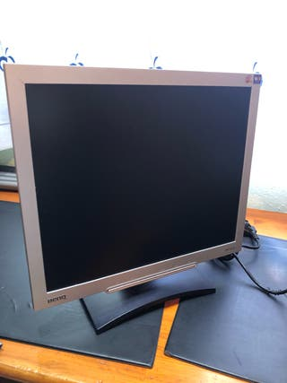 "Monitor BenQ 17"" pulgadas"