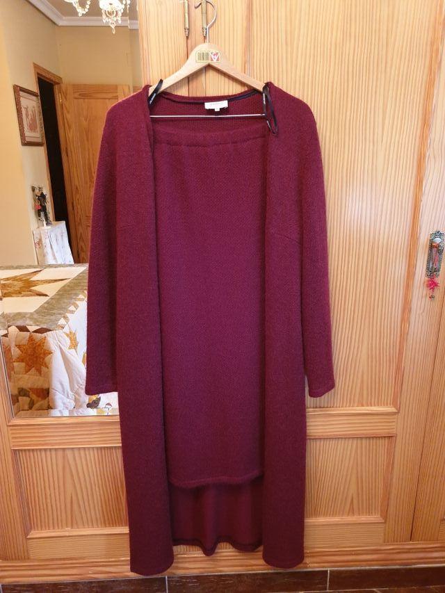 Falda y abrigo largo
