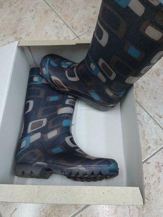 botes aigua 36 botas agua