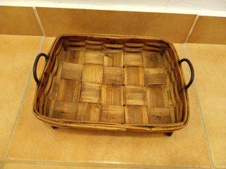 cesta panera de castaño